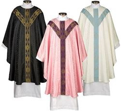 Picture of Avignon Chasuble Specialty Set